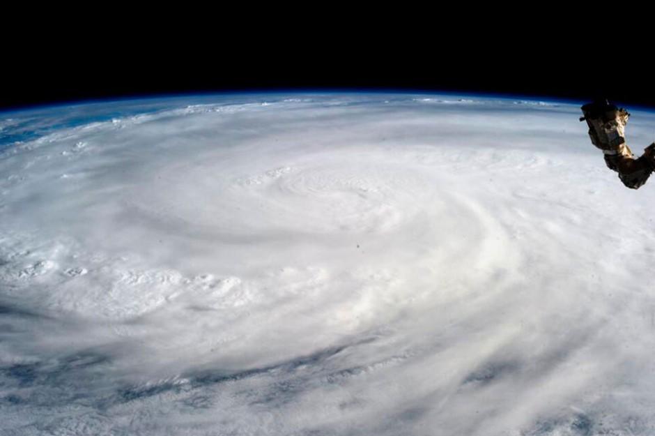 Космическое изображение тайфуна «Хайян», полученное с Международной космической станции